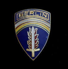TWO BERLIN PIN US ARMY Berlin Wall crisis USCOB/USAB BRIGADE CHECKPOINT CHARLIE