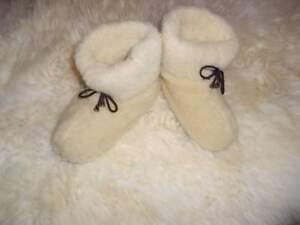 Women's sheep Wool SLIPPERS, Stylish fashion felt Boots Sheepskin Snuggs Valenki