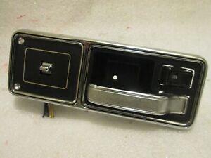 1984-1996 Jeep Cherokee XJ Armrest Door Handle RH PASSENGER SIDE HANDLE