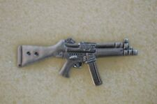 US USA MP-5 Automatic Rifle Weapon Military Hat Lapel Pin