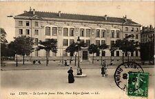 CPA Lyon-Le Lycée de Jeunes Filles, Place Edgar Quinet (427211)