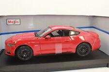 Maisto 31197 Ford Mustang 5.0 2015 Rojo 1:18 NUEVO CON CAJA orig.