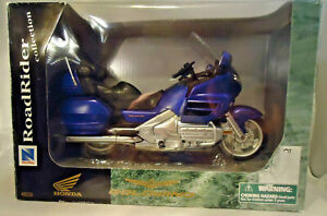 VINTAGE 1999 NEW RAY 1/12 HONDA GOLDWING 1800 MOTORCYCLE ROADRIDER COLLECTION