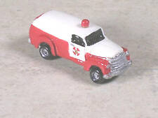 N Scale 1951 Red & White Chevy Ambulance