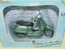 MOTO SCOOTER VESPA 200cc TYPE GT 2003 Vert MAISTO 1/18