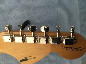 JIMI HENDRIX FENDER MIM GUITAR MAPLE NECK WITH WITH ORG.TUNERS .