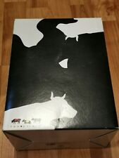 More details for new cow parade figure the supercow retired with box 2004