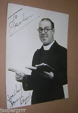 1932. SIGNED AUTOGRAPHED PHOTOGRAPH. HOWARD ROGERS. MUSIC HALL VARIETY COMEDIAN