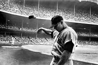 MICKEY MANTLE 8X10 GLOSSY PHOTO PICTURE