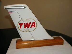 TWA AIRLINE WOOD MODEL AIRPLANE DC-9 TAIL 60's-80's LOGO TRANS WORLD PILOT GIFT