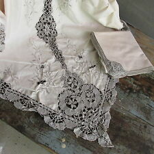 """IQ-Vintage ecru with gray lace tablecloth + 12 unused napkins 66 x 100"""""""