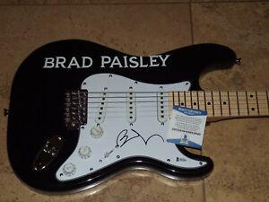 BRAD PAISLEY signed guitar BECKETT BAS COA  AUTOGRAPHED