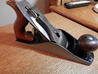 Vintage SIEGLEY No. 4 wood plane, reconditioned, sharp iron, 2 irons