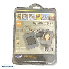 Digital Photo Album/Keychain 8Mb/USB Rechargeable 1.4 Inch High Res LCD    #1077