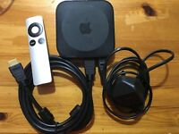 Apple TV 3rd Generation (A1469) UK Version full set with Remote and Cables