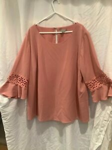 LADIES BLOUSE BY SUZANNE GRAE SIZE 18