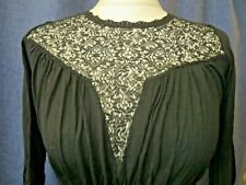 Fab mini dress, FRENCH CONNECTION, size 10, lace panels