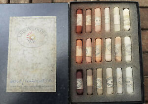"""UNISON COLOUR  Artist Quality SOFT PASTELS 18 Lightly Used """" BEIGE TERRACOTTA """""""