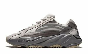 DS MENS adidas YEEZY BOOST 700 V2 TEPHRA FU7914 SZ 10.5 AUTHENTIC