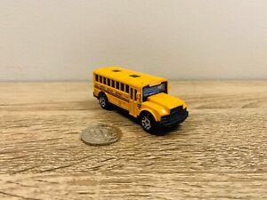 2004 School Bus Yellow Matchbox Die Cast Diecast Model MB614