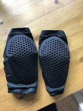 Dainese knee pads Medium