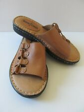 Minnetonka Gilly Leather Slip On Slides Sandals Lace Details Cushion Comfort 5M