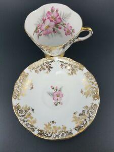 Windsor Fine Bone China England Gold Footed Tea Cup & Saucer Set Floral