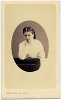 CDV Milano Fanciulla pensierosa Foto originale albumina Giulio Rossi 1865c S1583