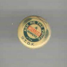 Early 1900s A Million FARMERS pin U.T.D.F. Farming Agriculture pinback