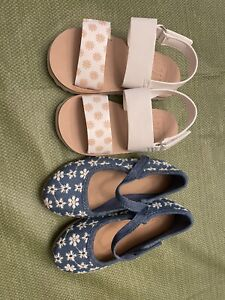 BRAND NEW TODDLER SHOE LOT GIRL'S SIZE 7 GAP DAISY SANDAL & OLD NAVY FLORAL SHOE