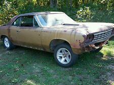 Here is a 1967 chevelle 138 ss project parts car 12 bolt salvage
