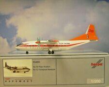 Herpa Wings 1:200 Antonov AN-12  Aeroflot Polar Aviation 554855 Modellairport500