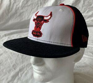 New Era Chicago Bulls NBA Hardwood Classics Flat Peak Fitted Cap - 7 3/8 - New!!