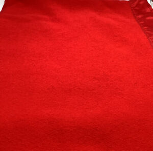 Faribo Faribault Red 100% Wool Washable 90X82 Blanket With Red Satin Trim EUC!