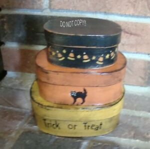 "PRIMITIVE HALLOWEEN SMALL OVAL SHAKER BOXES ""TRICK OR TREAT"""