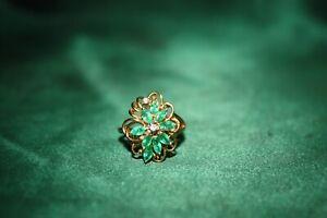 14k Gold Diamond & Emerald Ring
