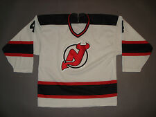 Vintage 1980s New Jersey Devils Blair Betts Hockey Jersey V Neck T Shirt Nhl Xl