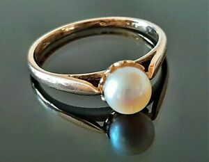 9ct Gold Freshwater Pearl Solitaire Ring, Size J, Weight 1.4g