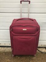 SAMSONITE LARGE LIGHTWEIGHT SUITCASE LUGGAGE 75CM BURGUNDY USED FREE POST