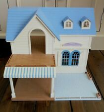 SYLVANIAN FAMILIES COURTYARD RESTAURANT - BUILDING ONLY