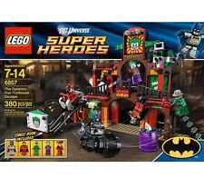 LEGO 6857 The Dynamic Duo Funhouse Escape