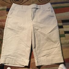 Talbots Womena Shorts 8 Stretch Seersucker Tan White Stripes
