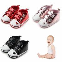 bébé nouveau - né baskets coup de patins chaussures de bébé l'amour coeur