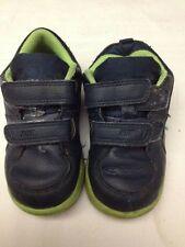 Nike - scarpe da ginnastica - N° 23,5 - colore blu e verde - chiusura a strappo