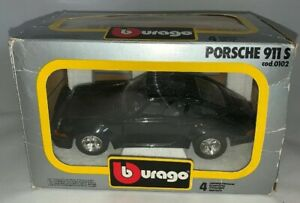 Bburago Porsche 911 S 1:24 Die Cast Metal Model (B40)
