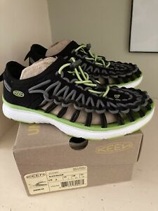 nib keen unique size 2 youth boys shoes sandals black macaw