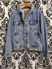 Levis Jacket Denim Distressed Ripped True Size 44 L Rare Trucker Light Vintage