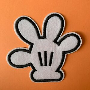 DISNEY MICKEY MOUSE HAND EMBROIDERED APPLIQUÉ PATCH SEW OR IRON ON