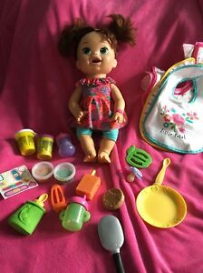 💖Hasbro Baby Alive Super Snackin' Sarah Doll With Accessories!! VHTF!💖