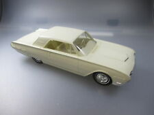 AMT: US Promo Car, 1:25 ,mint condition,  Ford Thunderbird, plastic, 1962